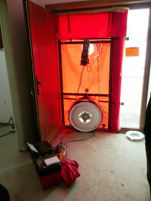 Appareillage de mesure des résultats du test Blower Door